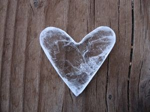 Остуда - ледяное сердце